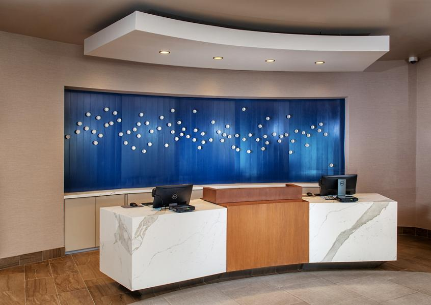 Chandler Hotel - Front Desk
