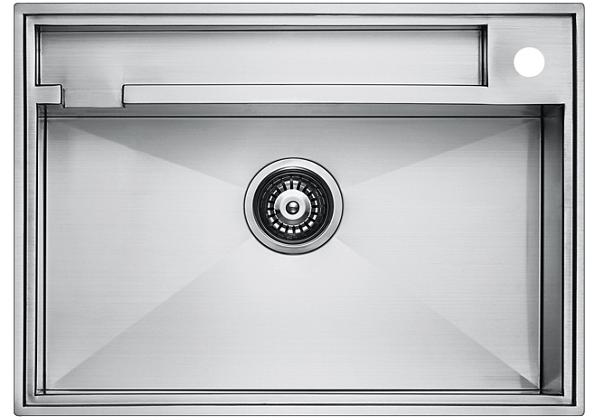 Image for Stainless Steel 671 x 485 x 226 Single Bowl Top Mount/Undermount Kitchen Sink from Elkay Middle East
