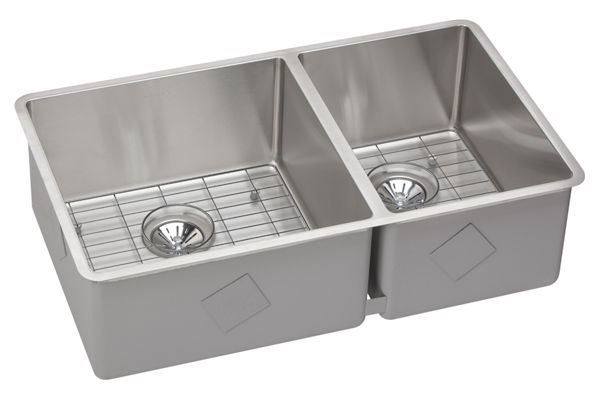 "Elkay Crosstown Stainless Steel 31-1/2"" x 18-1/2"" x 9"", 60/40 Double Bowl Undermount Sink Kit"