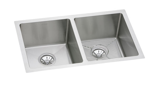 "Elkay Crosstown 16 Gauge Stainless Steel 30-3/4"" x 18-1/2"" x 8"", Equal Double Bowl Undermount Sink Kit"