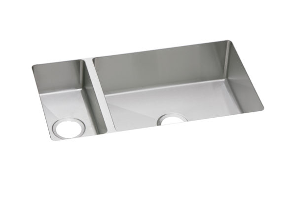 "Elkay Crosstown 16 Gauge Stainless Steel 32-1/4"" x 18-1/4"" x 8"", 30/70 Double Bowl Undermount Sink"