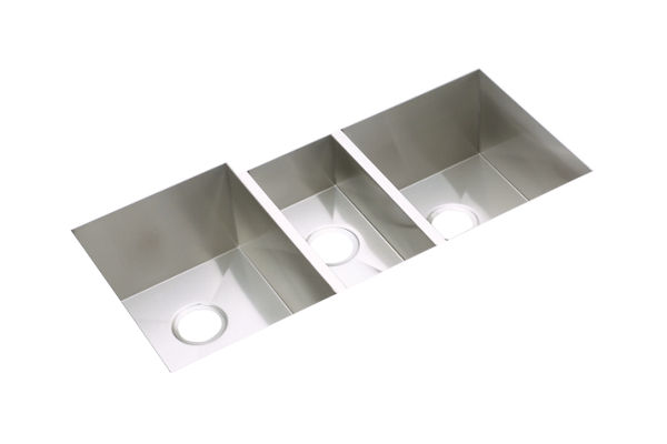 "Elkay Crosstown 16 Gauge Stainless Steel 40"" x 20-1/2"" x 10"", Triple Bowl Undermount Sink"